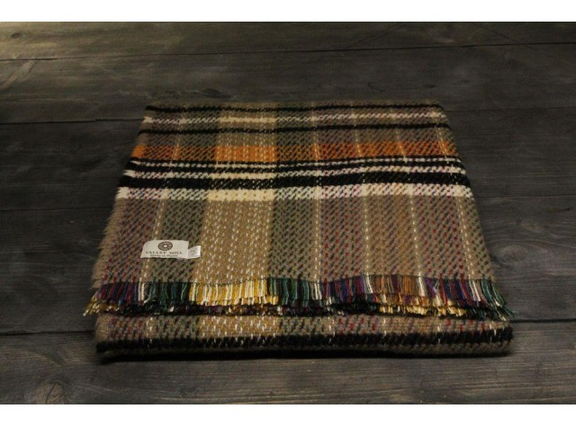 Large recycled wool throw