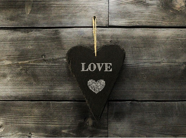 Large Welsh slate heart - 'Love'