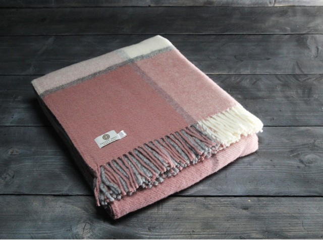Block Check Charcoal Dusky Pink Welsh Blanket