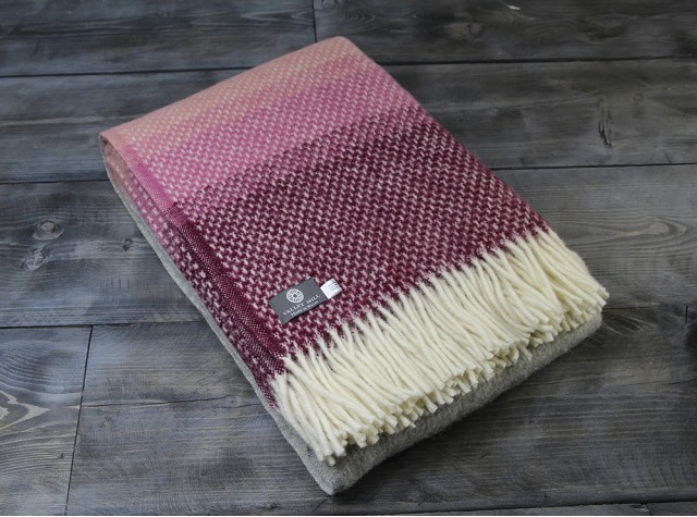 Ombre Rosewood Welsh Blanket