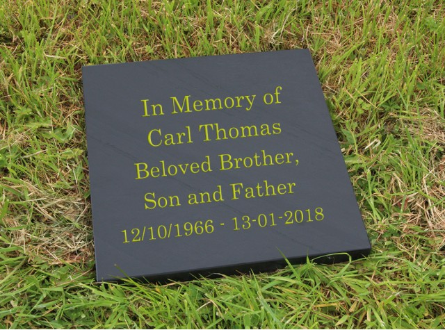 300 x 300 Flat Memorial 30mm Thick