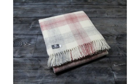 Meadow Check Dusky Pink Welsh Blanket